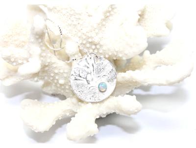 Hestness Anne Lise | Moon opal necklace shiny-latest NECKLACE design 2021